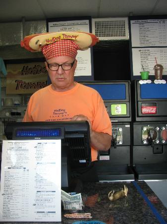 Hot Dog Tommy's: Tommy