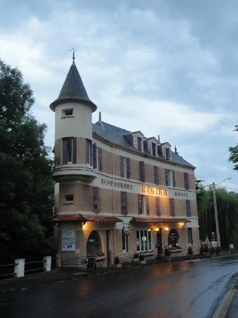 Hotel Regina: Hotel buitenkant