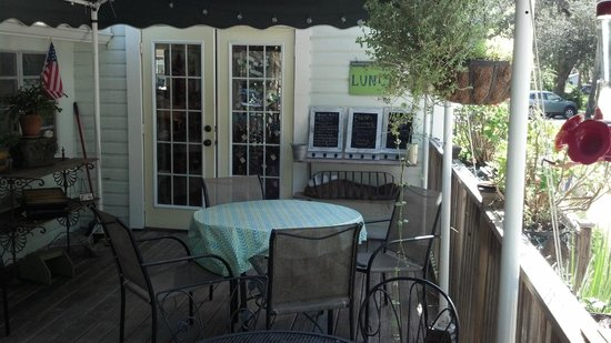 Back Porch Garden Bistro