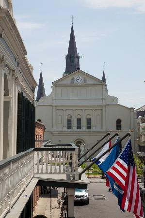 Bourbon Orleans Hotel: Balcony View of St. Louis Cathedral