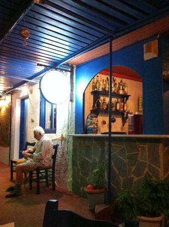 Taverna Tasos: Entrance