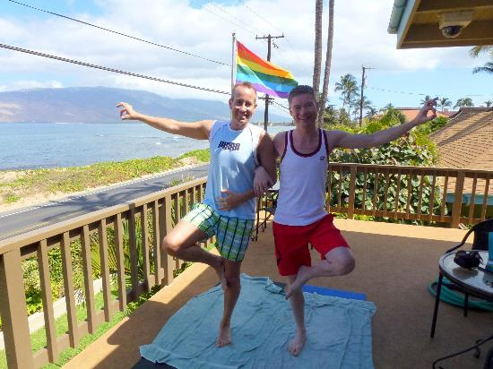 Maui Sunseeker LGBT Resort: Couples Yoga on our lanai!