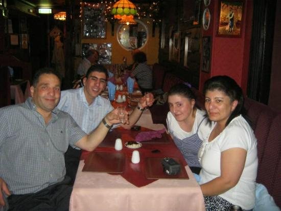Columbia Taverna: Me and the whole family