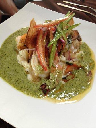Elementos Restaurante: Shrimp in Cilantro Sauce