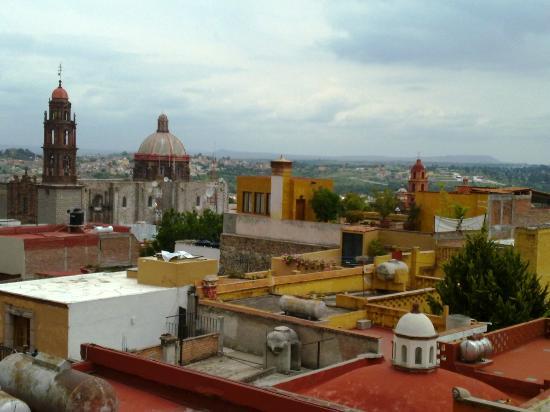 Casa Mia Suites Apartments: Vista desde la terraza