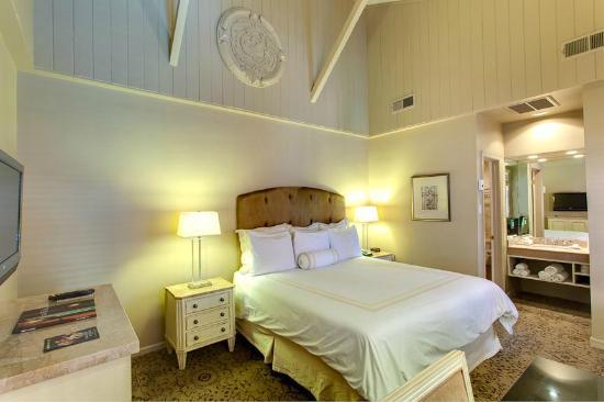 Dauphine Orleans Hotel: Guestroom