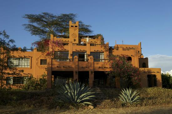 African Heritage House : Wonderful view from the outside before sunset