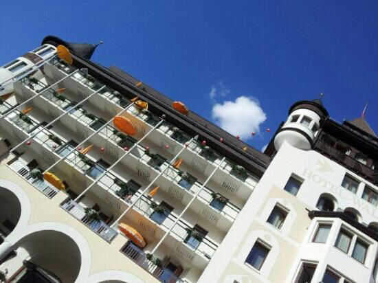 Hotel Walther: Wenn der Himmel mal nicht so blau ist, wird dies hier durch Gastfreundlichkeit wettgemacht.