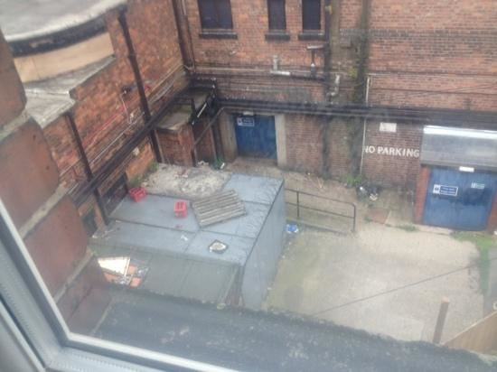 Manhattans: the view from window!! nice!! :/