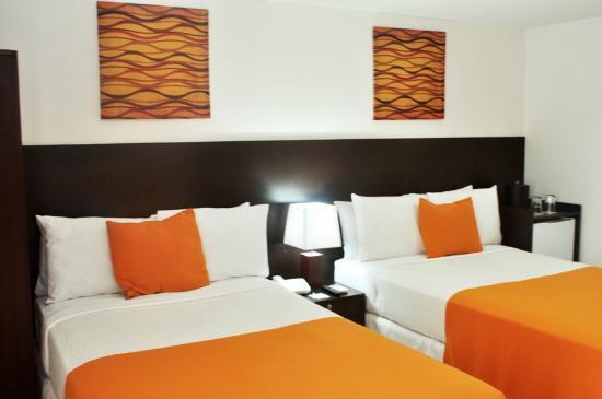 AZ Hotel & Suites: Habitacion Standard de 2 Camas