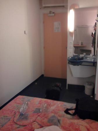 Ibis Budget Thionville Yutz les Trois Frontieres: Room
