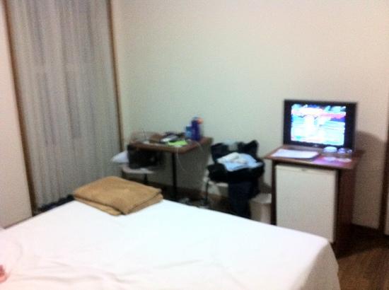 Tulip Inn Rio Copacabana: quarto minúsculo e velho
