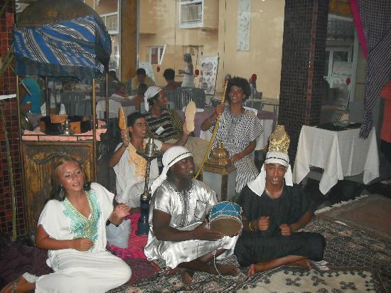 Houda Skanes : Tunisian night