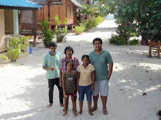 Nice Sea Resort: Mr. Nice and his team