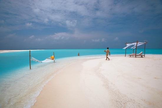 Hideaway Beach Resort & Spa: Private sand bank