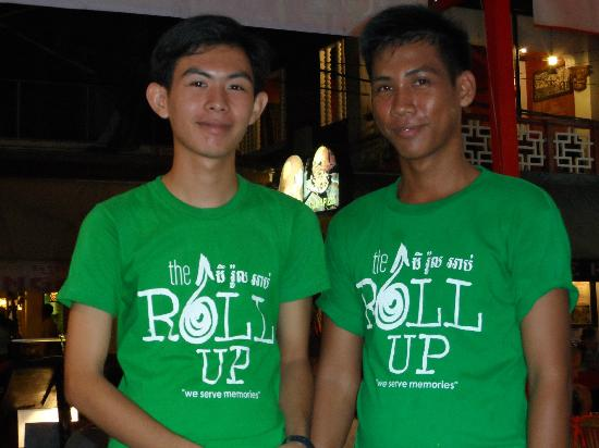 The Roll Up Restaurant: Friendly Service Staff