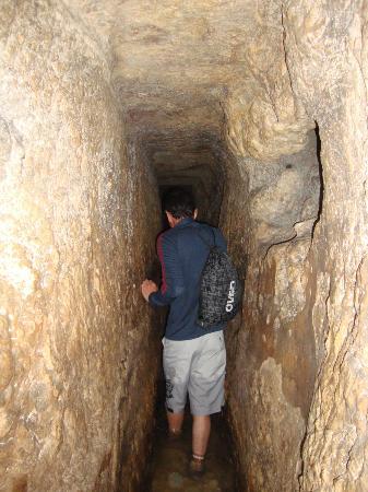 Hezekiah's Tunnel - Siloam Tunnel: Hezekiah´s tunnel