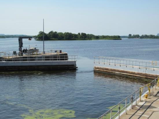 Lock and Dam 4: Gates opening to allow boat to go up river