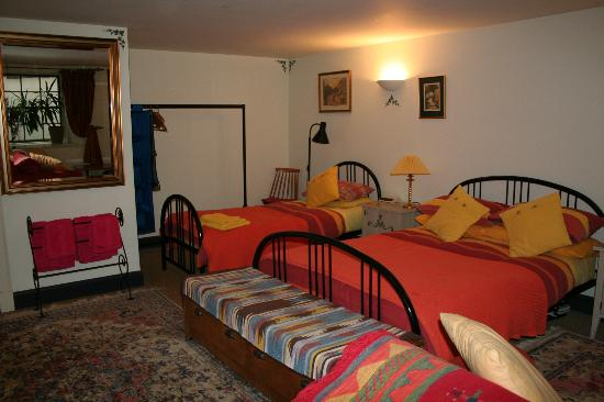 Penny Airey- No.38 Bed & Breakfast: Single bed and double bed in bright colours!