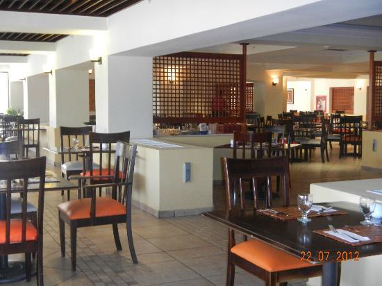 Occidental Grand Aruba All Inclusive Resort : Buffet