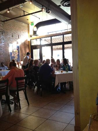 Asiago's Downtown : Asiago's front room