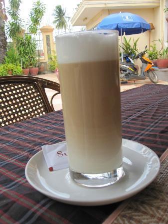 Guesthouse Swissgarden: Coffee