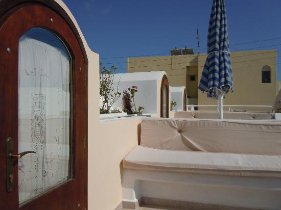 Merovigliosso Apartments : the little balcony