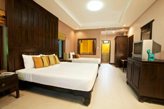 Chaweng Garden Beach Resort: Superior room (triple occupancy)