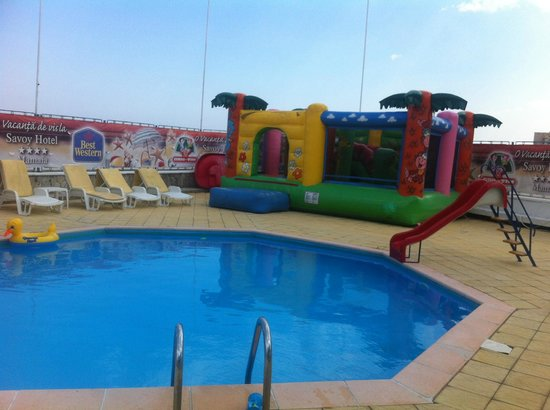 Kids swimming pool picture of savoy hotel mamaia mamaia tripadvisor for Best hotel swimming pools for kids