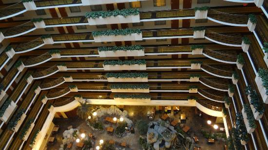 Embassy Suites by Hilton Anaheim - South: Looking down from 12th floor
