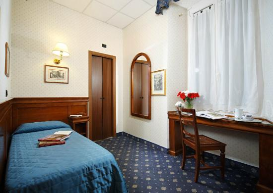 Hotel Portoghesi: Camera singola
