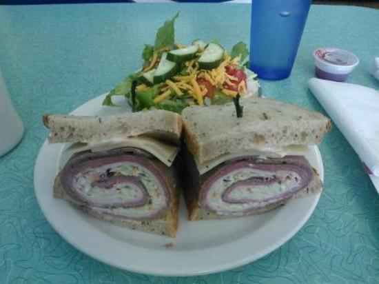 The BeachSide Cafe: Americano + side salad
