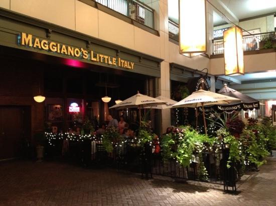 Maggiano's Little Italy: Also offers outside dining