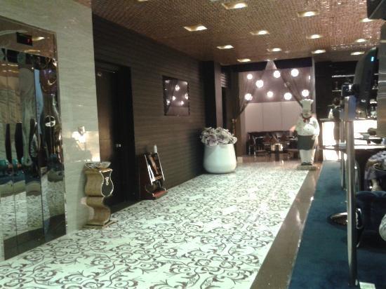 A&EM Hotel : Hotel Bar & Restaurant