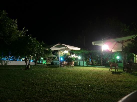 Savoia Hotel: camera sul giardino
