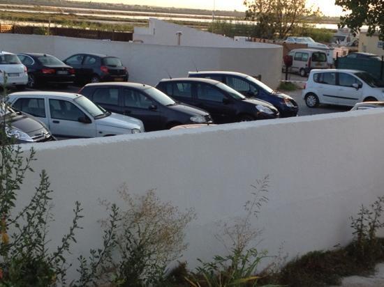 Hôtel de la Plage : vue sur la parking