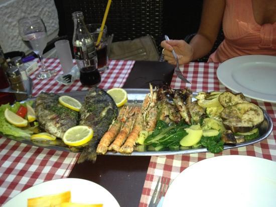 Restaurant San Giovanni: Seafood platter for 2