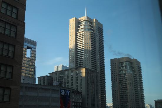 AC Hotel Chicago Downtown: Utsikt från rummet.