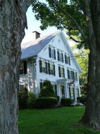 Camden Maine Stay Inn: the Maine Stay B&B