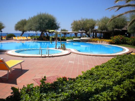 Villaggio Club Baia del Sole: piscina