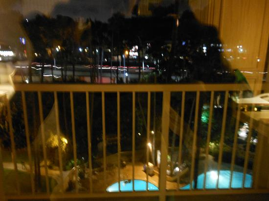 Crowne Plaza Hotel San Diego - Mission Valley: view from sliding glass door