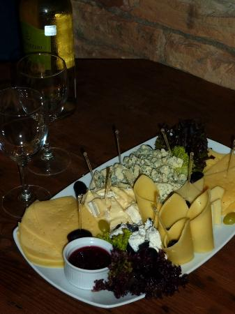 Hotel Justus: House wine plus cheese plate, YUM!!