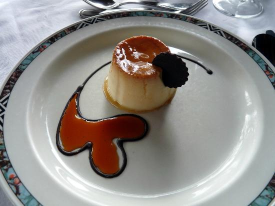 Serengeti Serena Safari Lodge : HUM la crème au caramel bonne et belle...