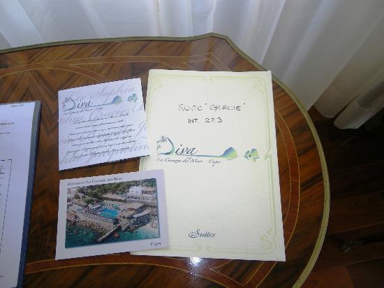 Hotel Diva La Canzone del Mare: Tavolino