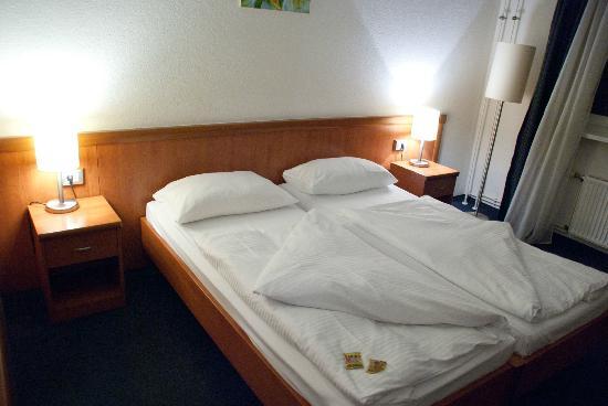 Novum Hotel Aldea Berlin Centrum: Hotel room