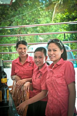 Tartaruga's Hotel and Pagudpud Yacht Club Restaurant: Some of their Friendly Staff