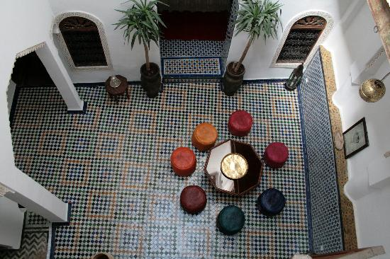 Dar el Ma: Cool relaxing interior courtyard