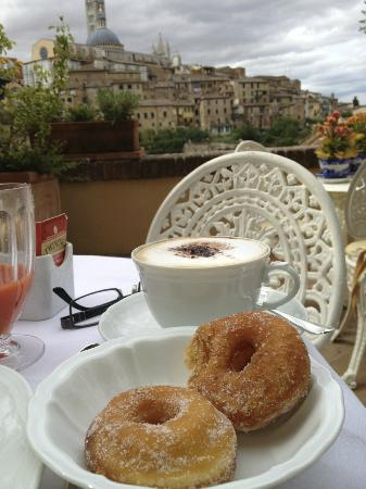 Campo Regio Relais: Terrasse du petit déjeuner