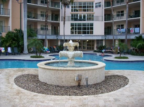 Wyndham Palm-Aire: main pool
