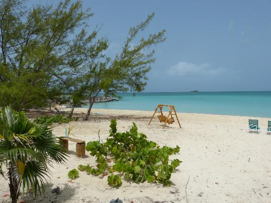 Fernandez Bay Village: beach view from villa